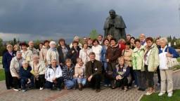 Pomnik Papieski w LudĹşmierzu.